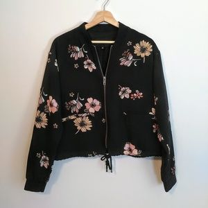 NWOT Who What Wear crop floral bomber jacket